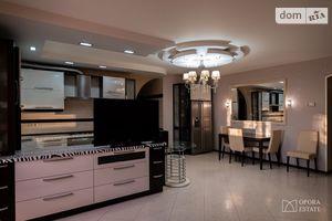Продається 3-кімнатна квартира 117.6 кв. м у Чернігові