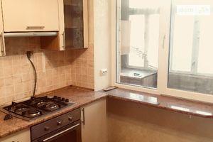 Сдается в аренду 3-комнатная квартира 80 кв. м в Черновцах