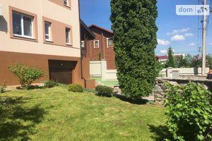 Продается дом на 2 этажа 236 кв. м с гаражом