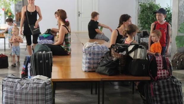 12 тыс. переселенцев живут в домах, неприспособленных к холодам, - ГосЧС