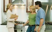 Что дешевле арендовать: квартиру или дом?