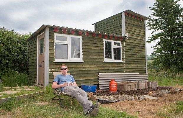 Британский фермер построил собственный дом всего за $5 тыс. (фото)