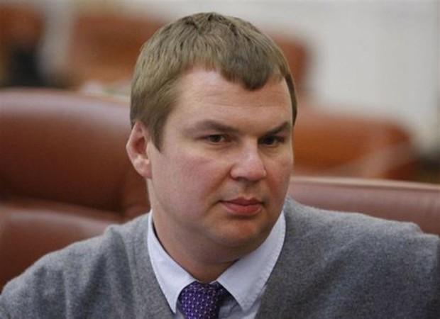 Булатов намерен обеспечить украинскую молодежь жильем