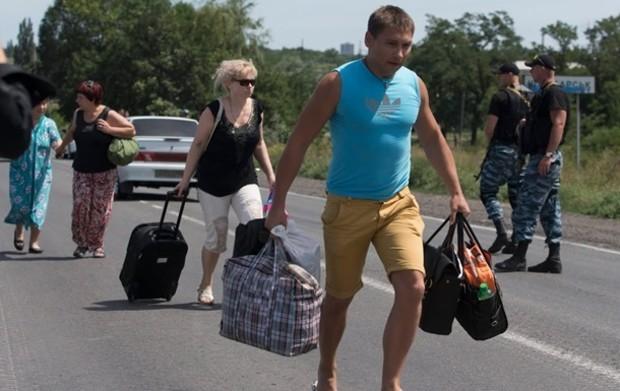 Донбасс и Крым покинули свыше 100 тыс. человек