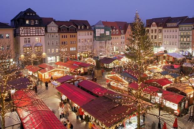 Эксперты назвали самое популярное направление на Рождество