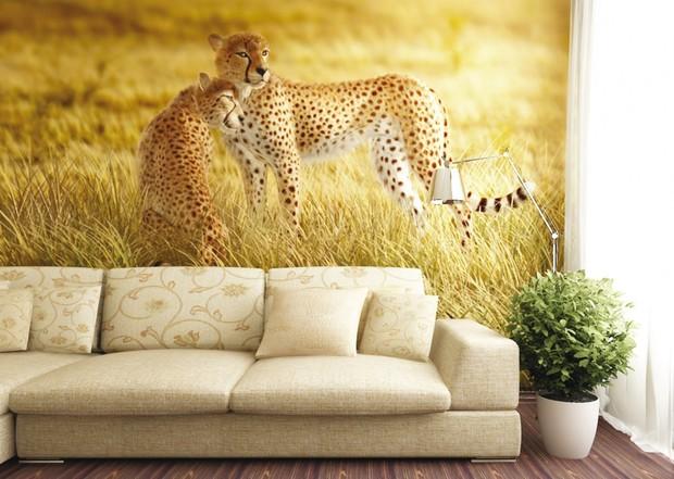 Фотообои или виниловые наклейки – декорируем квартиру