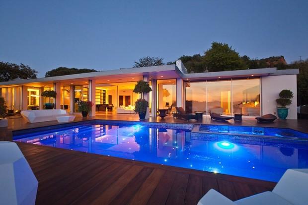 Идеи красивого оформления бассейнов