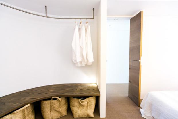 Как избавиться от хлама в доме: нехитрые решения для гардероба
