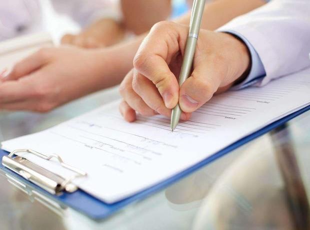 Как должна проходить судебная оценка дома досконально или по документам