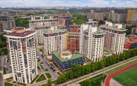 Київ стає містом житлових хмарочосів