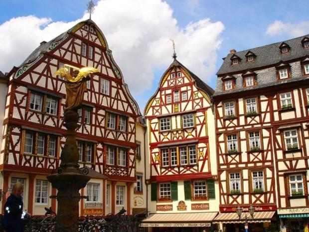 Недвижимость за границей германия дубай новый год погода