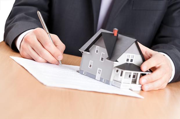 Открытие рынка земли, новые налоги и права местной власти — правовые новости марта в сфере недвижимости
