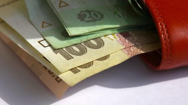 Переселенцы будут получать ежемесячную адресную помощь по оплате услуг ЖКХ