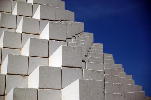 Плюсы и минусы строительства дома из пеноблоков
