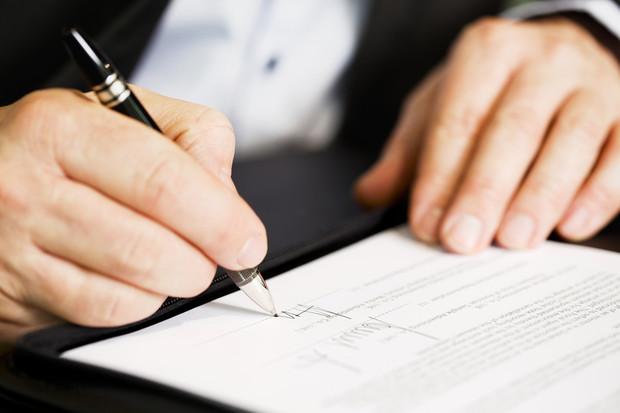 Купівля новобудови: договір купівлі-продажу майнового права