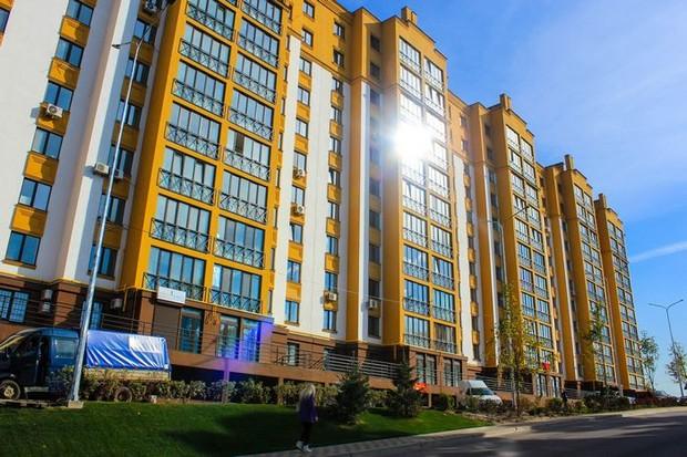 Представьте: Вы живете в Киеве, рядом – лес и озеро!