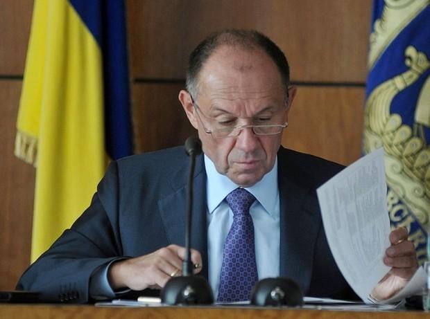Распоряжение о повышении тарифов на проезд пока не подписано, - А.Голубченко