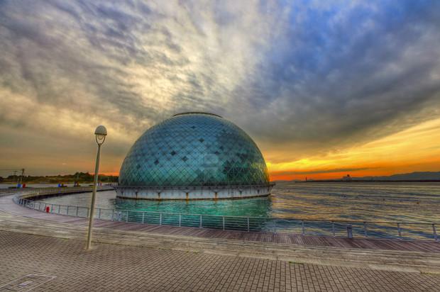 Самые красивые и необычные здания мира: Морской Музей в Осаке