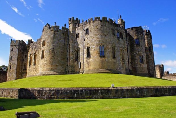 Самые красивые и необычные здания мира: замок Алник