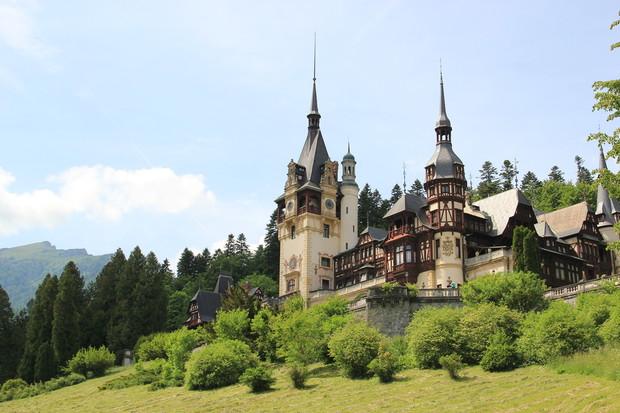 Самые красивые и необычные здания мира: Замок Пелеш, Румыния