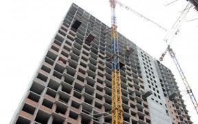 Строители полностью закончили монолитно-каркасные работы в первой секции ЖК Twin House