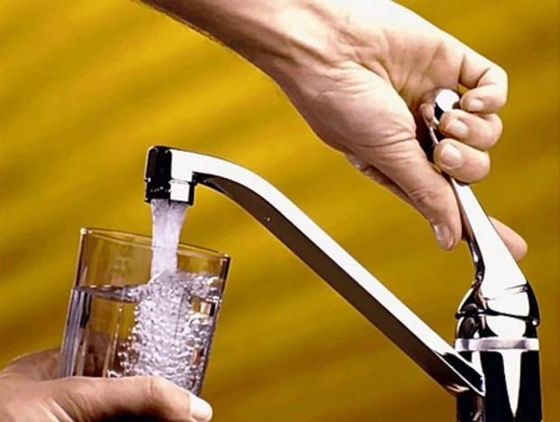 Украинцам хотят повысить тарифы на воду
