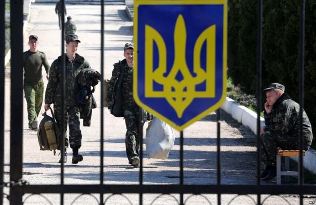 Украинским военным разрешили приватизировать жилье в общежитиях