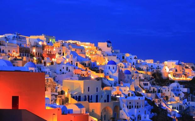 В Греции выставят на продажу 20 островов