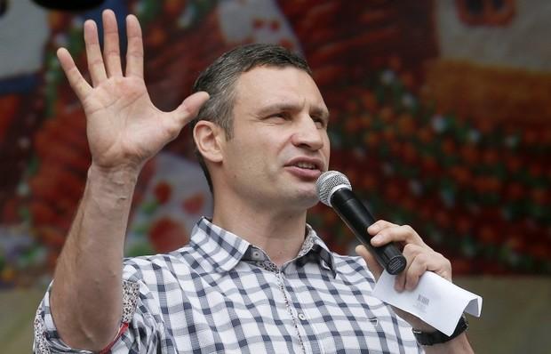 В Киеве снесена первая незаконная постройка и это только начало, - Кличко