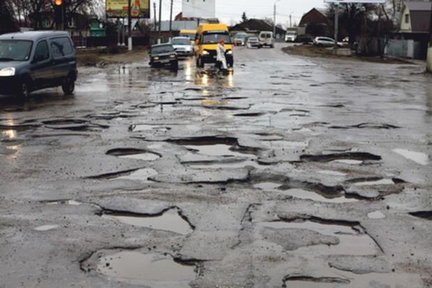 В Киеве в капитальном ремонте нуждаются более 80% дорог, - «Киевавтодор»