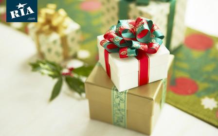 10 недорогих новогодних подарков, которые обрадуют ваших близких