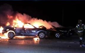 16 авто сгорели в Харькове и Киеве буквально за одну ночь