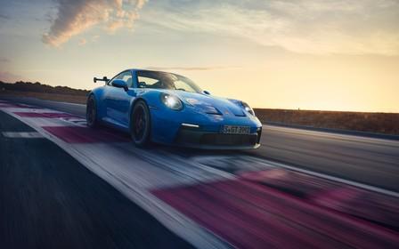 3,4 секунды до сотни. Сколько за новый Porsche 911 GT3 в Украине?