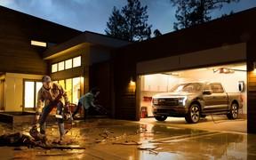 571 сила и 482 км пробега: Ford F-150 перешел на электричество