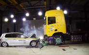 40 способов разбить грузовик: Краш-тесты тягачей Scania