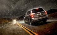 Мокра справа: 10 порад для безпечної їзди в дощ
