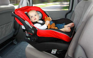 В Украине планируют ввести штрафы за перевозку детей без специальных автокресел