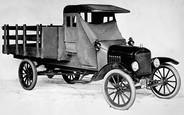Ровно сто лет назад Ford запустил первый коммерческий фургон ТТ