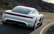 Электромобиль Porsche Taycan: 600 л.с. и 500 км пробега
