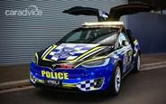 Полицейский Tesla Model X начал патрулировать трассы