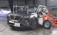 Новий Nissan Rogue провалив краш-тест у США. ВІДЕО