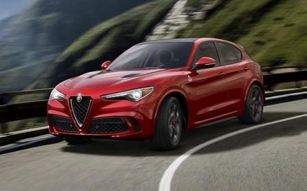 Alfa Romeo показала свой новый кроссовер и грозит немцам