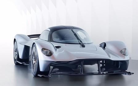 "Aston Martin Valkyrie: 1000 ""лошадей"", быстрее 400 км/ч"