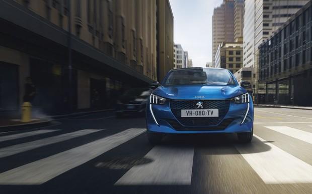 Автомобиль недели: Peugeot 208