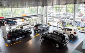 Автомобілі Renault в наявності
