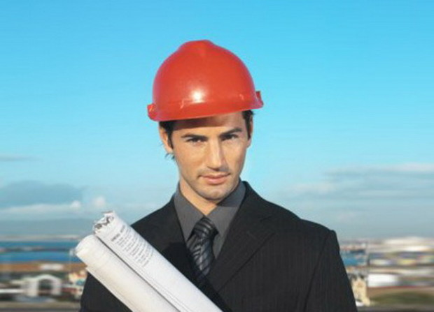 Азаров и строители: полшага в никуда?