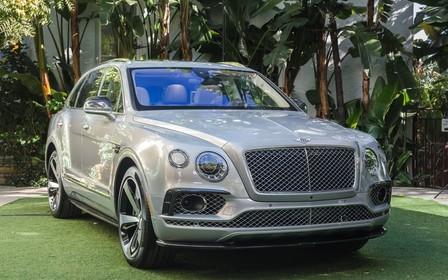 Bentley представила первую спецверсию кроссовера Bentayga