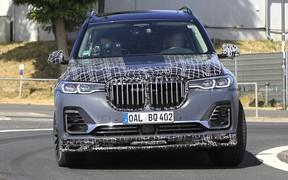 BMW X7 от Alpina «подловили» во время тестов
