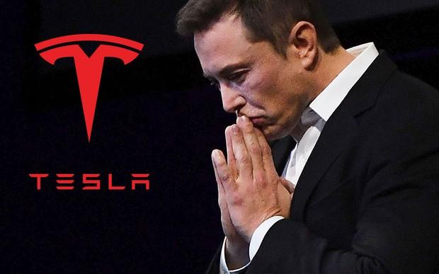 Богатые тоже плачут. Tesla установила рекорд продаж и убытков