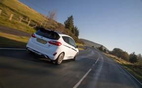Британские тюнеры научили Ford Fiesta ST изменять мощность мотора со смартфона